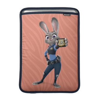 Zootopia | Judy Hopps - Showing Badge Sleeve For MacBook Air