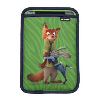 Zootopia | Judy & Nick - Suspect Apprehended! iPad Mini Sleeve