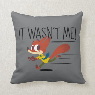 Zootopia | Nick Wilde - It Wasn't Me Throw Pillow